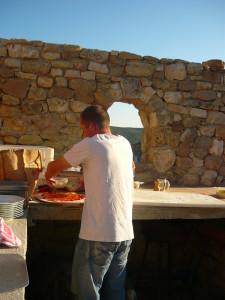 Pizzas dan sle four à bois